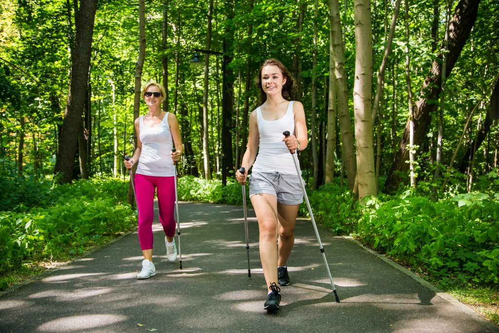 yoga sonthofen, kursangebot physiotherapie, nordic walking